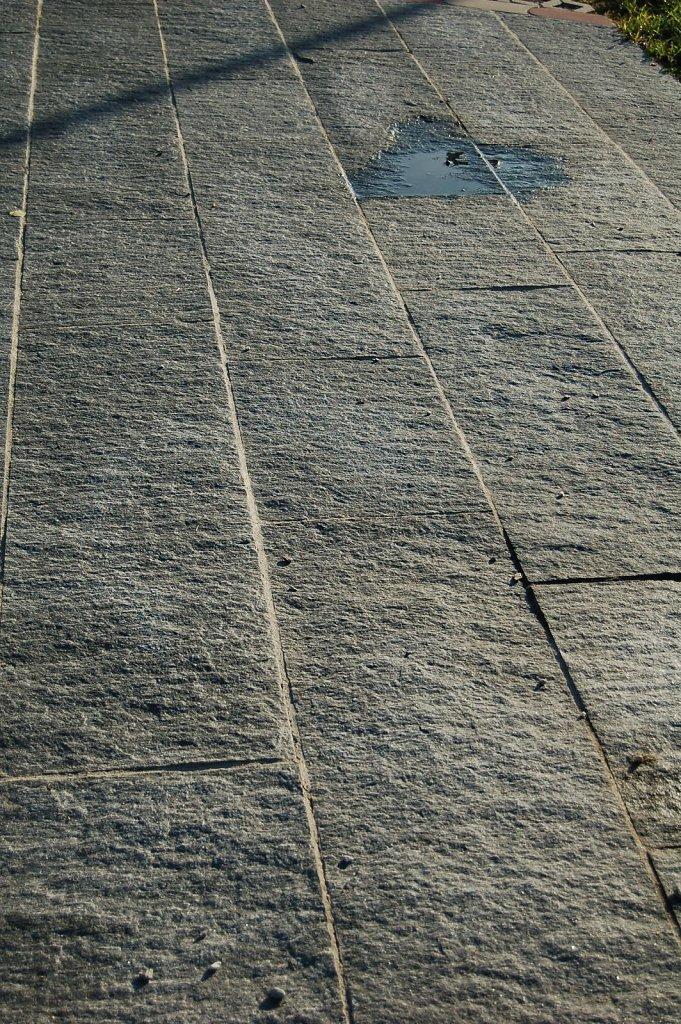 2 Maggia gneis in Bahnen
